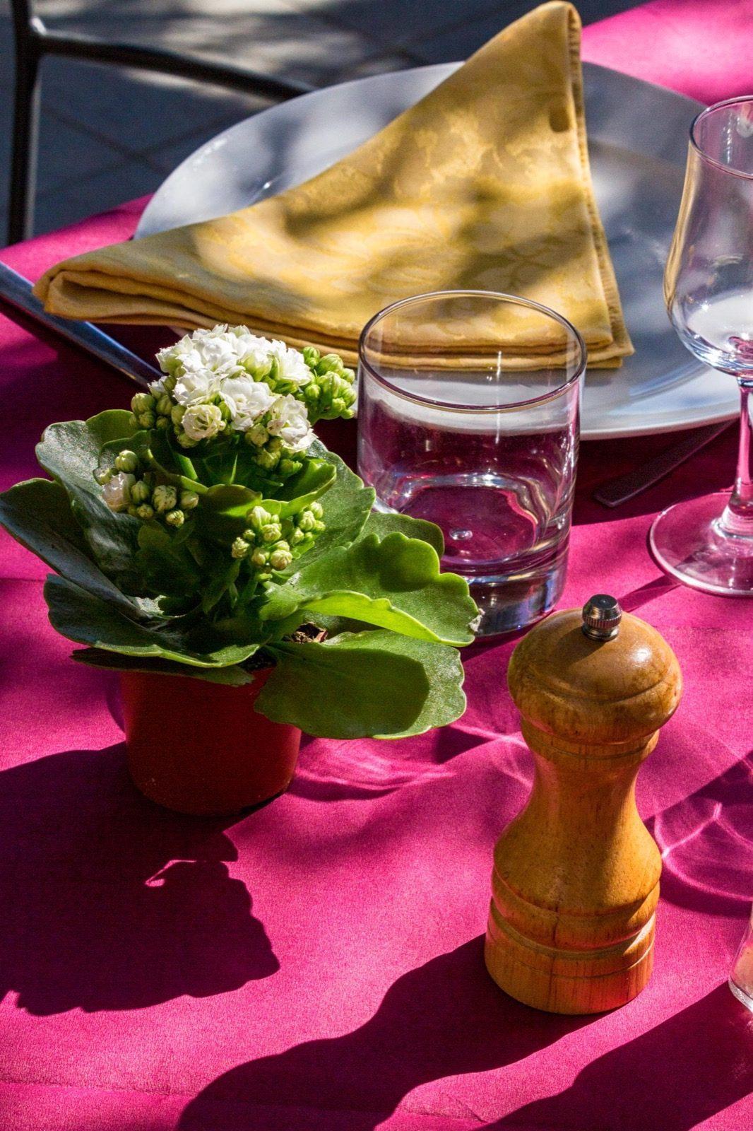 Dettaglio tavolo ristorante